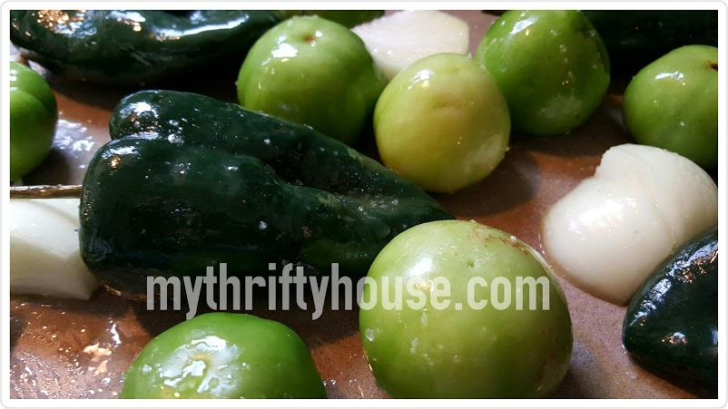 roasted tomatillo salsa verde peppers