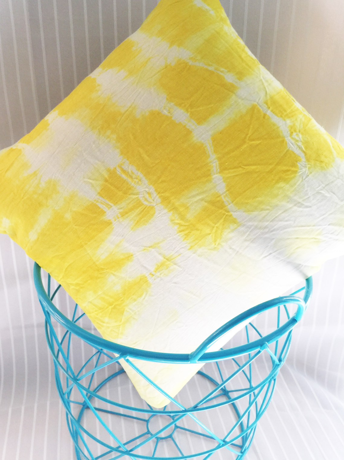 Waste Not Wednesday Week 5 - The Chelsea Project's Tie Dyed Fabric Using Natural Dye