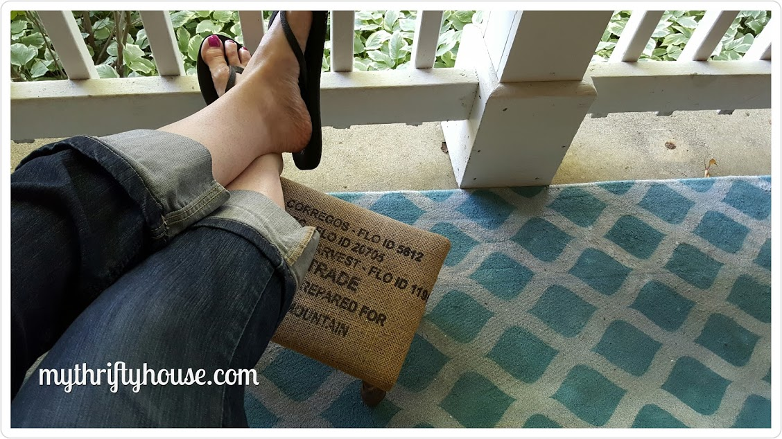 Make Your Own Spray Painted and Stenciled Rug