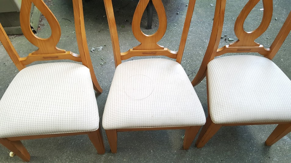 Make a Chair Bench with Dining Room Chairs - My Thrifty House