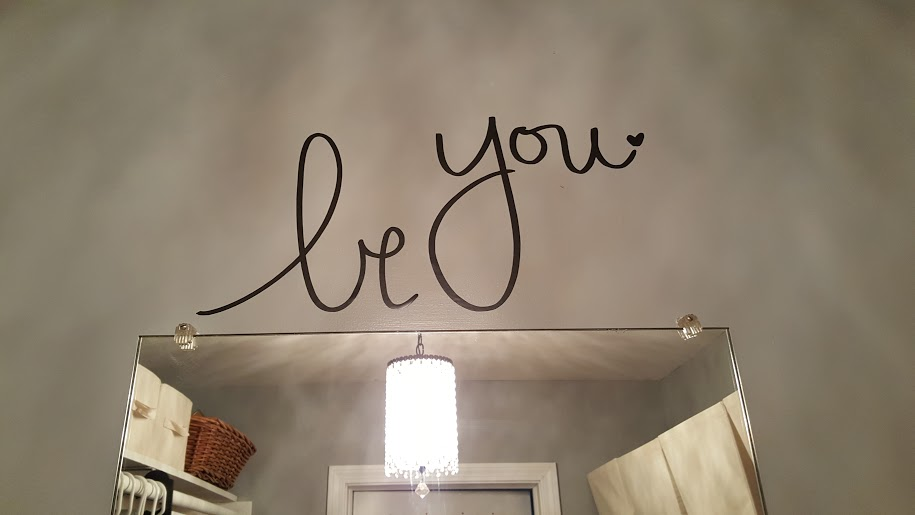 closet-makeover-wall-decal
