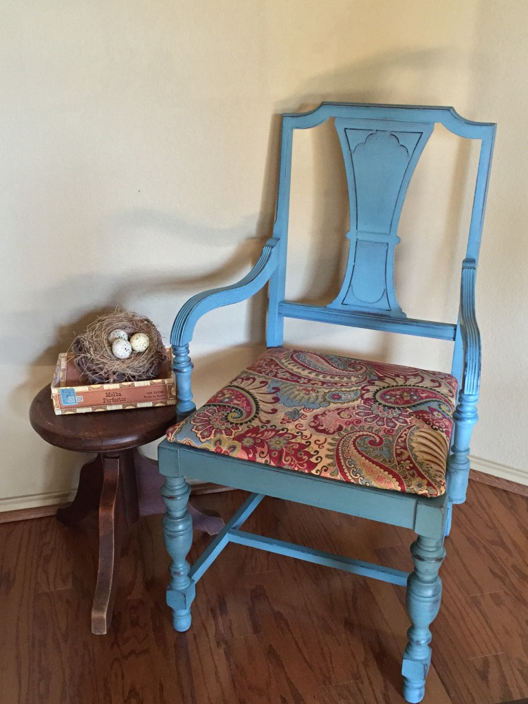 waste-not-wednesday-week-17-25-chair-makeover-submitted-by-lisa-at-the-purple-hydrangea