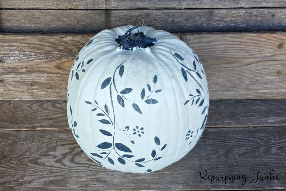 waste-not-wednesday-week-22-painted-and-stenciled-pumpkin-from-repurposing-junkie