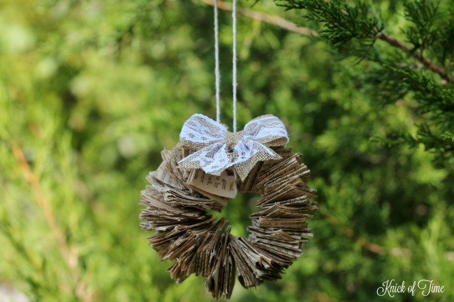 waste-not-wednesday-week-20-diy-christmas-wreath-ornaments-submitted-by-knick-of-time