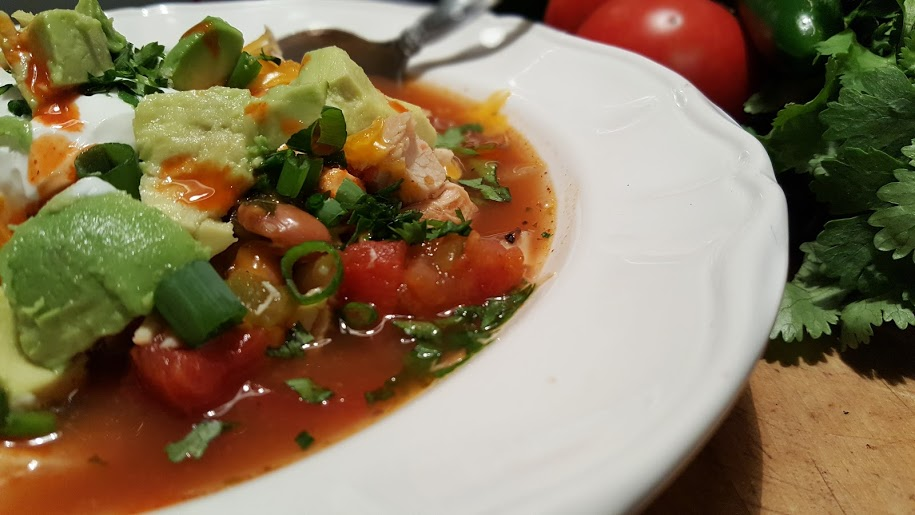 white-bean-chicken-chili-with-avocado