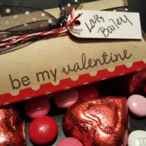 Pillow Box Valentine with candy