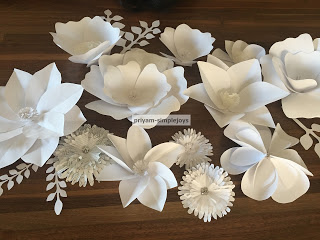 Waste Not Wednesda Week 41 Paper Flower Backdrop from Simple Joys