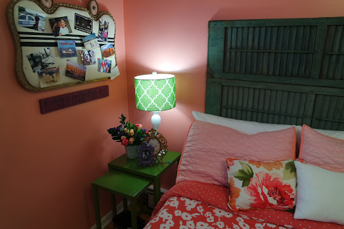 budget friendly teenage girl room makeover with shutter headboard