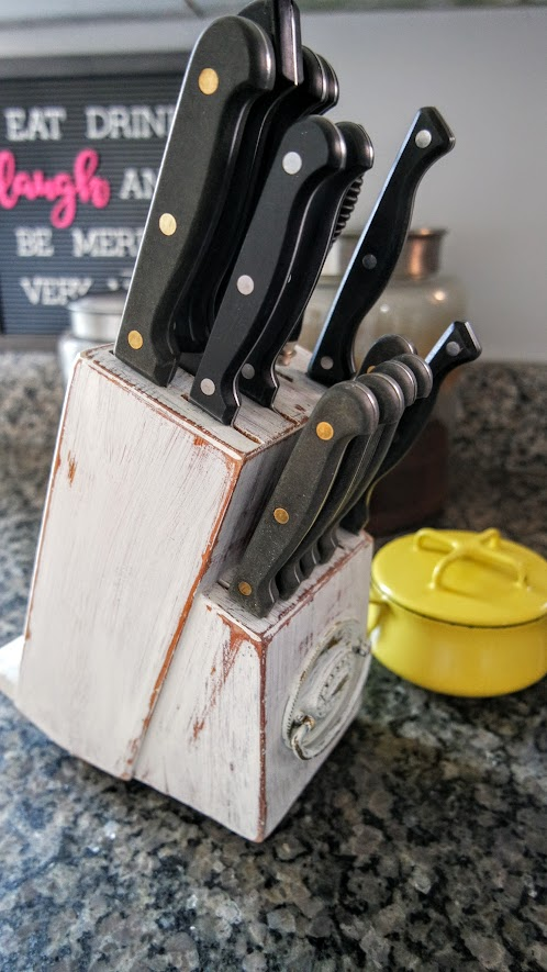 Diy Painted Knife Block With Phone Holder My Thrifty House